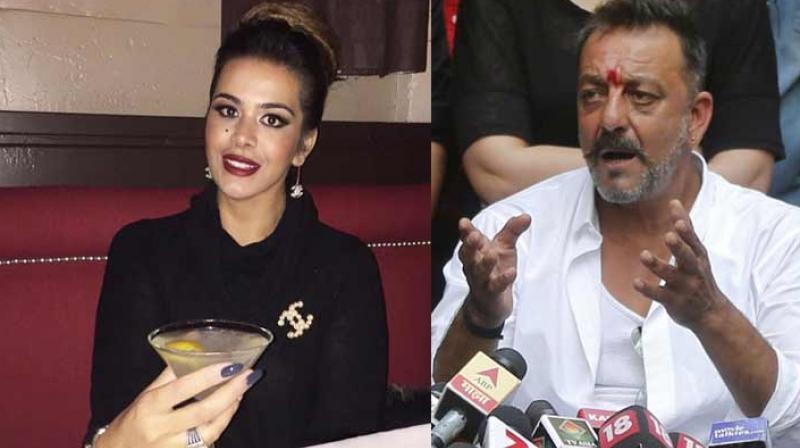 PunjabKesari, trishla dutt with dad sanjay