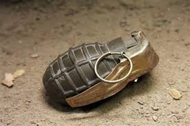 militants lobbed grenade on police station sopore two policemen injured