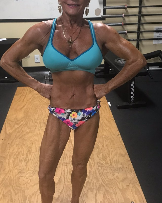 Bodybuilder granny : Meet Iris Davis 75 Year Old Bodybuilder
