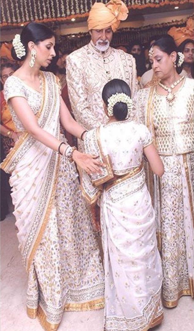 Bollywood Tadka, ऐश्वर्या राय बच्चन इमेज, ऐश्वर्या राय बच्चन फोटो, ऐश्वर्या राय बच्चन पिक्चर, अभिषेक बच्चन इमेज, अभिषेक बच्चन फोटो, अभिषेक बच्चन पिक्चर, अमिताभ बच्चन इमेज, अमिताभ बच्चन फोटो, अमिताभ बच्चन पिक्चर