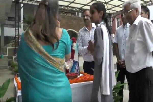 PunjabKesari, Daughter, NASA, Flight, Kalpana Chawla
