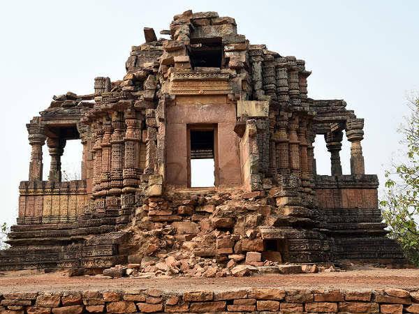 PunjabKesari, Ajaygadh Fort, Madhya Pradesh, भगवान अजयपाल, Lord Ajaypal, Panna Ajaypal Fort, Ajaygadh Fort madhya pradesh, Religious place in india, Dharmik Sthal, Hindu teerth place in india, हिंदू धार्मिक स्थल