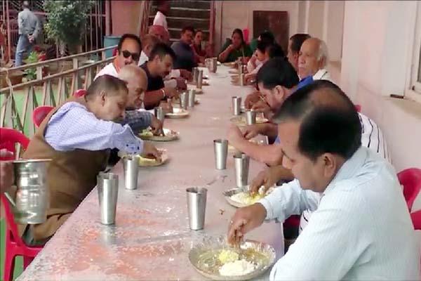 PunjabKesari, Banquet Image