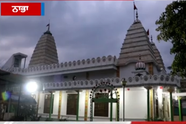 PunjabKesari, Crowns stolen from temple, Imprisoned in CCTV