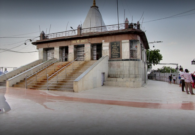 PunjabKesari, Devi sharda mandir in Maihar satna at Madhya pradesh, मैहर देवी मंदिर