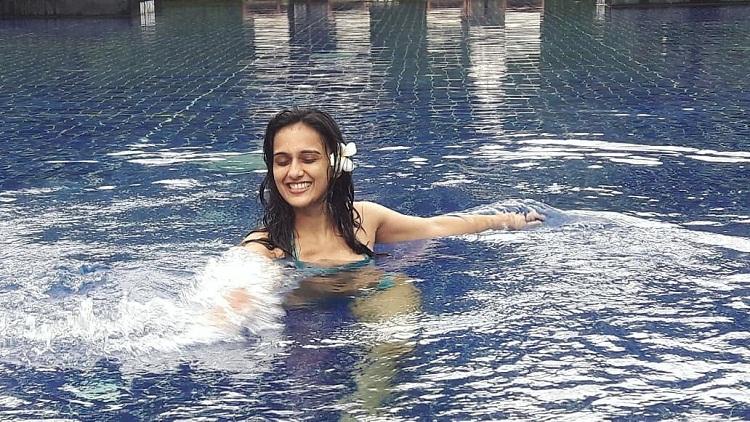 Bollywood Tadka,नियति जोशी इमेज,नियति जोशी फोटो,नियति जोशी पिक्चर