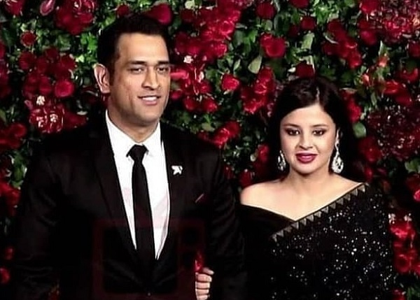 MS Dhoni And Sakshi  Ranveer-Deepika Reception