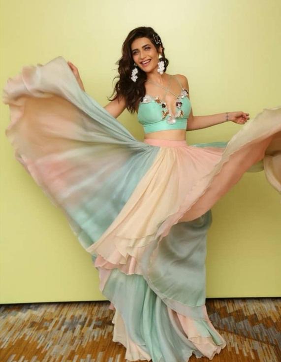 Bollywood Tadka, करिश्मा तन्ना इमेज, करिश्मा तन्ना फोटो, करिश्मा तन्ना पिक्चर