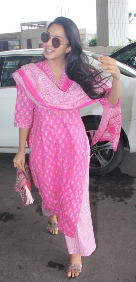 Bollywood Tadka,कियारा आडवाणी इमेज,कियारा आडवाणी फोटो,कियारा आडवाणी पिक्चर,