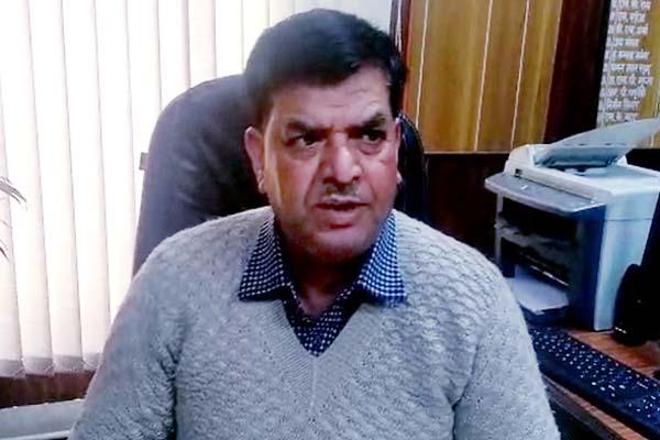 PunjabKesari, PG College Principal Image