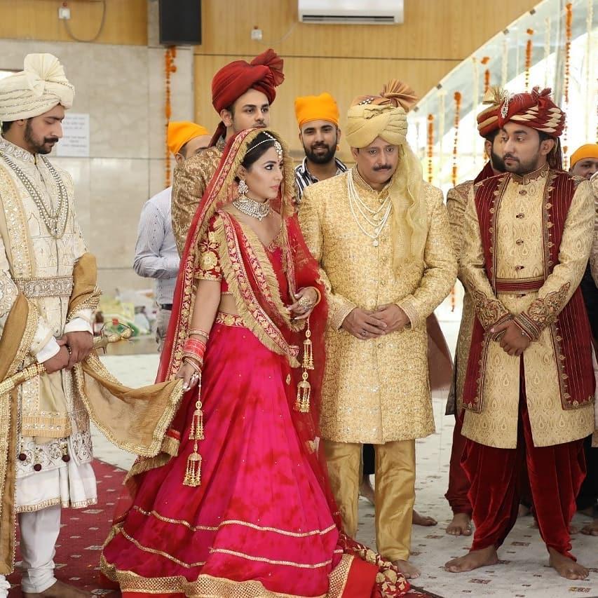 Bollywood Tadka,हिना खान इमेज,हिना खान फोटो,हिना खान पिक्चर,