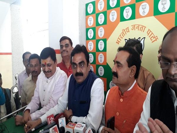 PunjabKesari, Madhya Pradesh News, Bhopal News, BJP Drama, Congress, BJP MLA Narayan Tripathi, Maihar Assembly, Kamal Nath Sarkar, Shivraj Singh Chauhan
