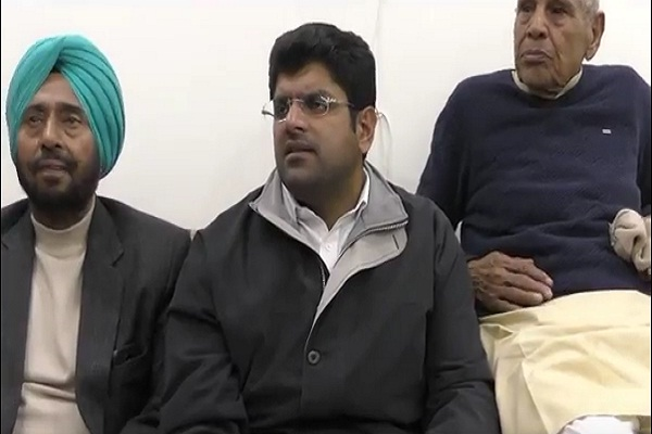 PunjabKesari, dushyant chautala, Abhay chautala, legal, notice