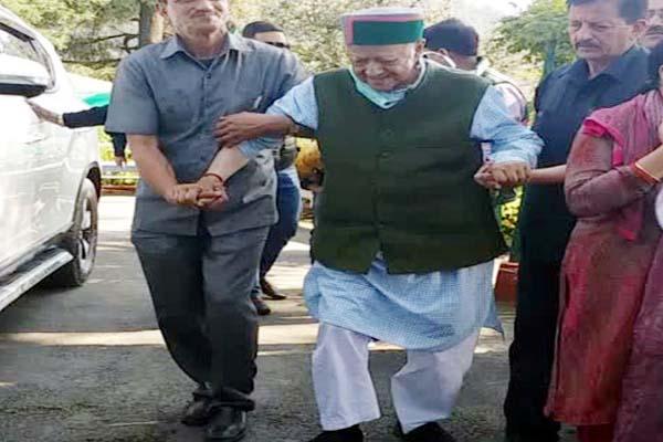 PunjabKesari, Former CM Virbhadra Singh Image