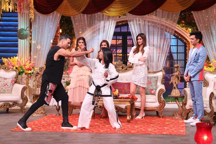 Bollywood Tadka, Housefull In Kapil Sharma Images