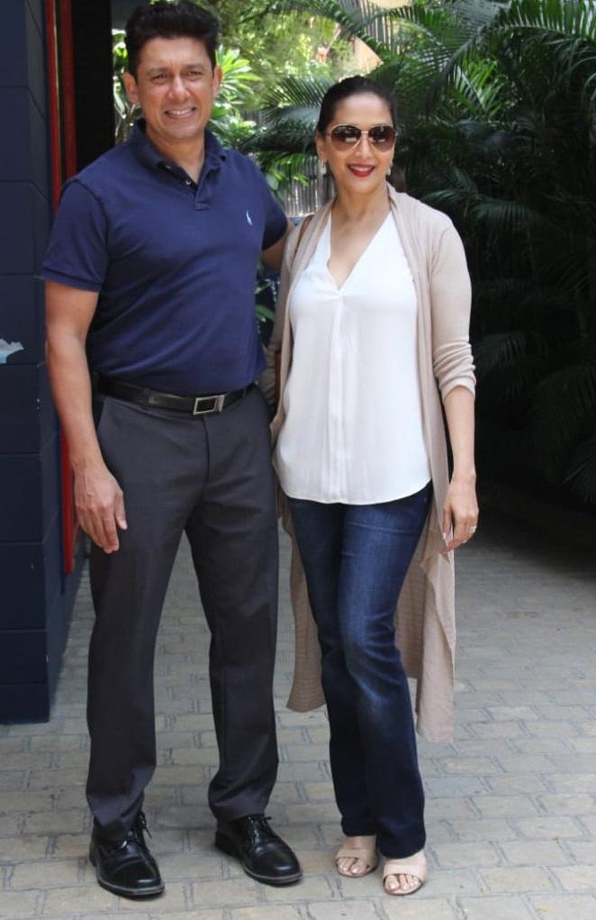Bollywood Tadka,माधुरी दीक्षित इमेज,माधुरी दीक्षित फोटो, माधुरी दीक्षित पिक्चर, श्रीराम माधव नेने इमेज,श्रीराम माधव नेने फोटो,श्रीराम माधव नेने पिक्चर