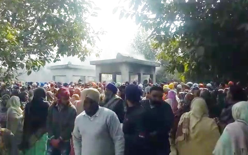 PunjabKesari, funeral of children died in nagar kirtan blast