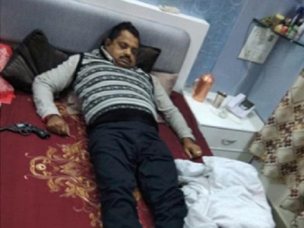 PunjabKesari,  Madhya Pardesh Hindi News,  Indore Hindi News,  Indore Hindi Samachar, Suicide Case, Dharmendar, Shailendra