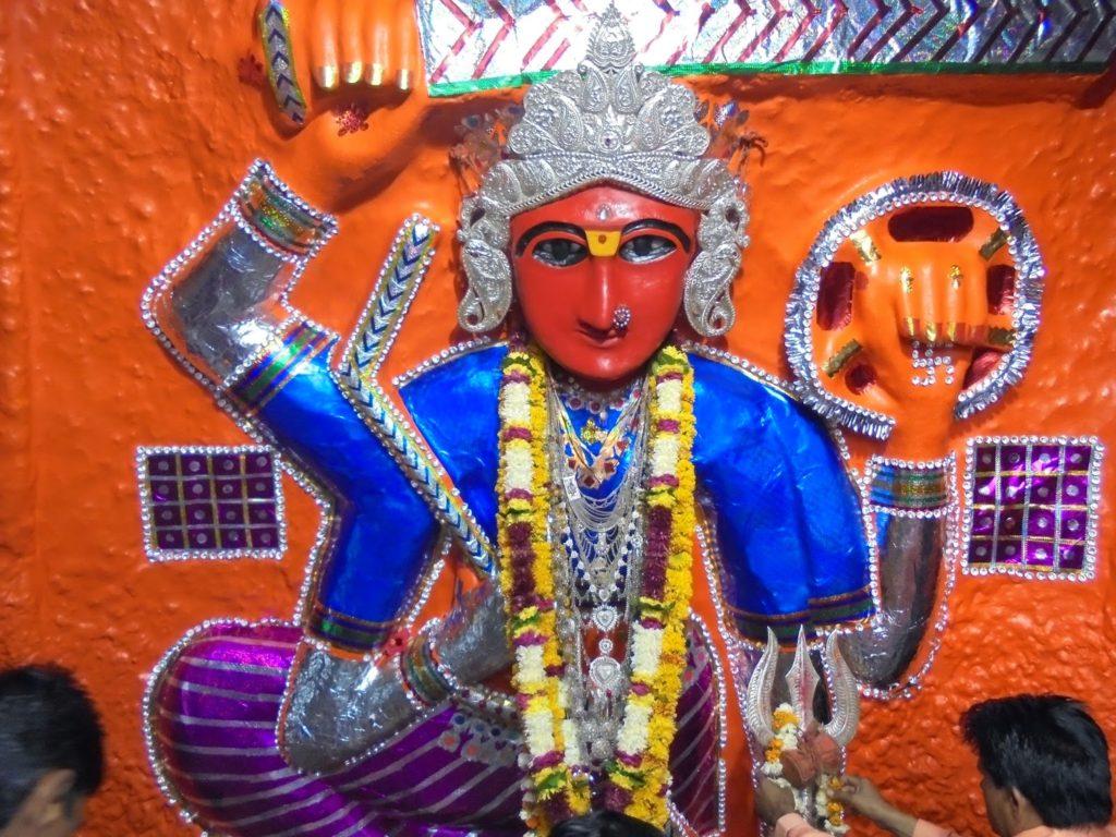 PunjabKesari, Jai Maa Tulja Bhavani Mandir, Jai Maa Tulja Bhavani Badi Mata Mandir, मां तुलजा भवानी,  मां तुलजा भवानी मंदिर, Mata Tekri, माता टेकरी, माता चामुंडा टेकरी, Dharmik Sthal, Religious Place in india, Corona virus, Covid 19