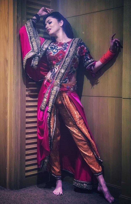 Bollywood Tadka, अंकिता लोखंडे इमेज, अंकिता लोखंडे फोटो, अंकिता लोखंडे पिक्चर