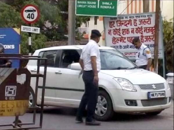 PunjabKesari, Traffic Police Image