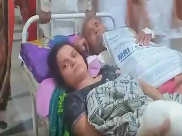 PunjabKesari, Hospital, negligence, disorder, management, patient, Indore, M Y Hospital, Madhya pradesh, Punjab Kesari