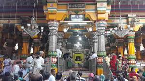 PunjabKesari, Major temples of mathura, devotees, covid 19, Coronavirus, कोरोना वायरस, Mathura temples, मथुरा मंदिर, Mathura temple Closed, Dharmik Sthal, Religious Place in hindi, Hindu Teerth Sthal