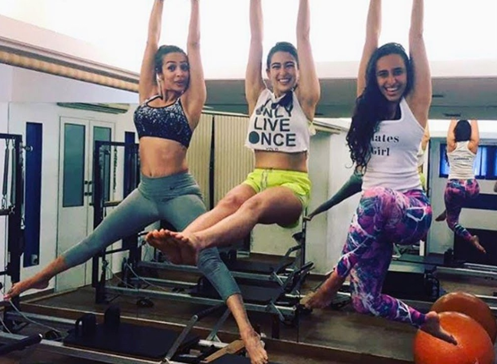 PunjabKesari, Nari, Sara Ali Khan Workout, Celebrity Fitness Image