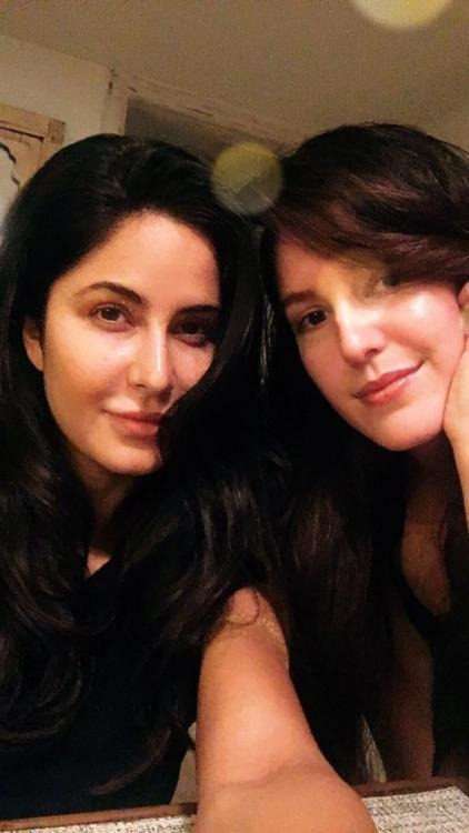 Bollywood Tadka, Katrina And Issabelle Images