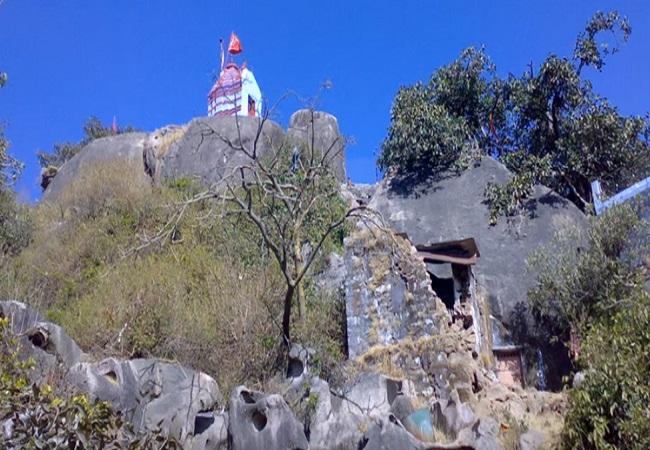 PunjabKesari, Arbuda Devi Mount Abu Rajasthan, Adhar Devi Temple