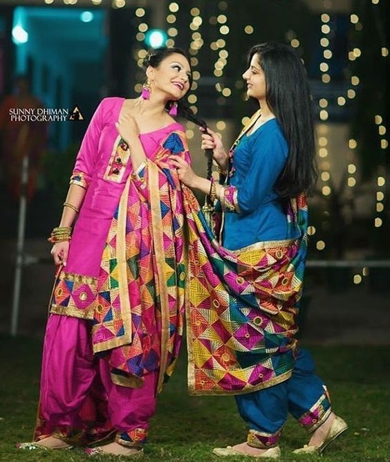 PunjabKesari,सिंपल सूट इमेज,फुलकारी दुपट्टा इमेज, Phulkari  image phulkari suit image