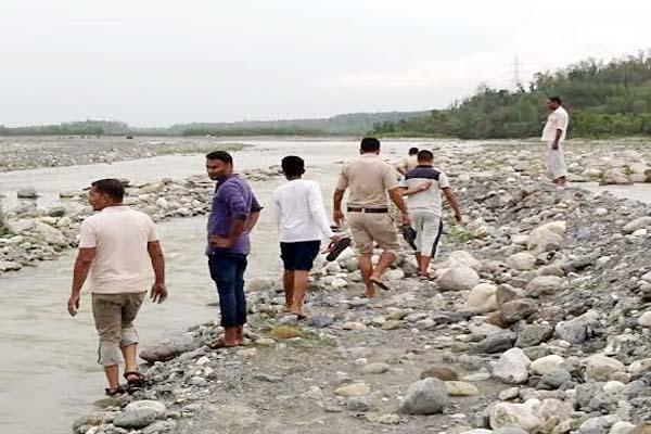 PunjabKesari, Search Operation Image