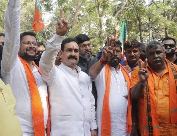 PunjabKesari, Madhya Pradesh, West Bengal, Assembly Elections, West Bengal Elections, PM Narendra Modi, Home Minister Amit Shah, Narottam Mishra, BJP, Congress, Corona, Assam Elections