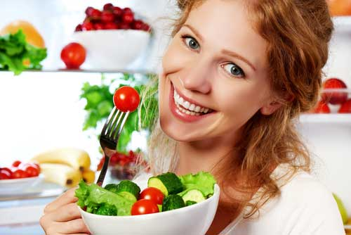 PunjabKesari, Eating Vegetables Image, Healthy Food Image