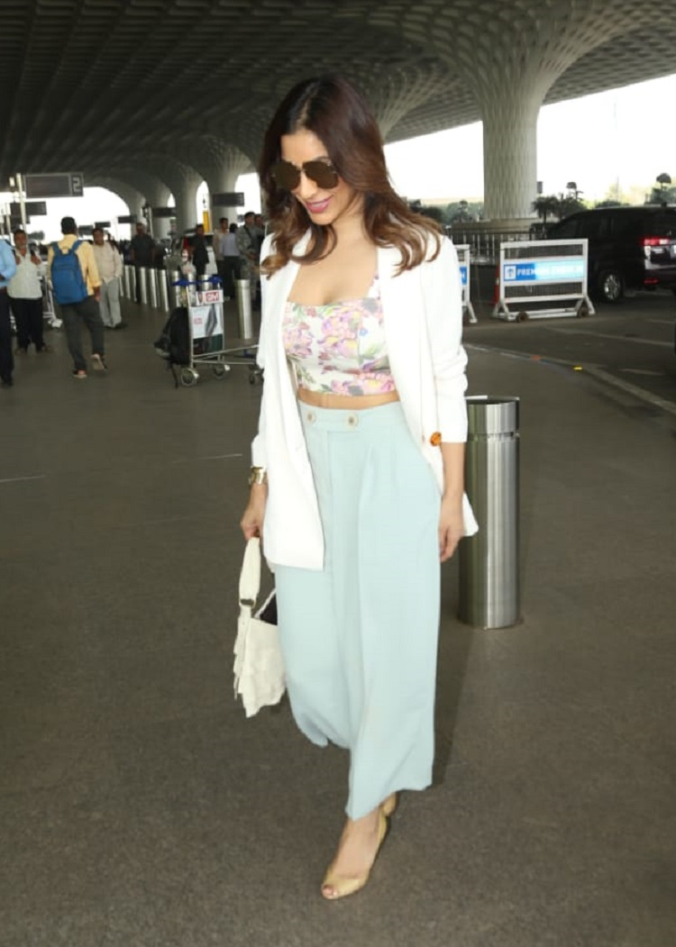 Bollywood Tadka,sophie choudry image,sophie choudry photo,sophie choudry pictures,