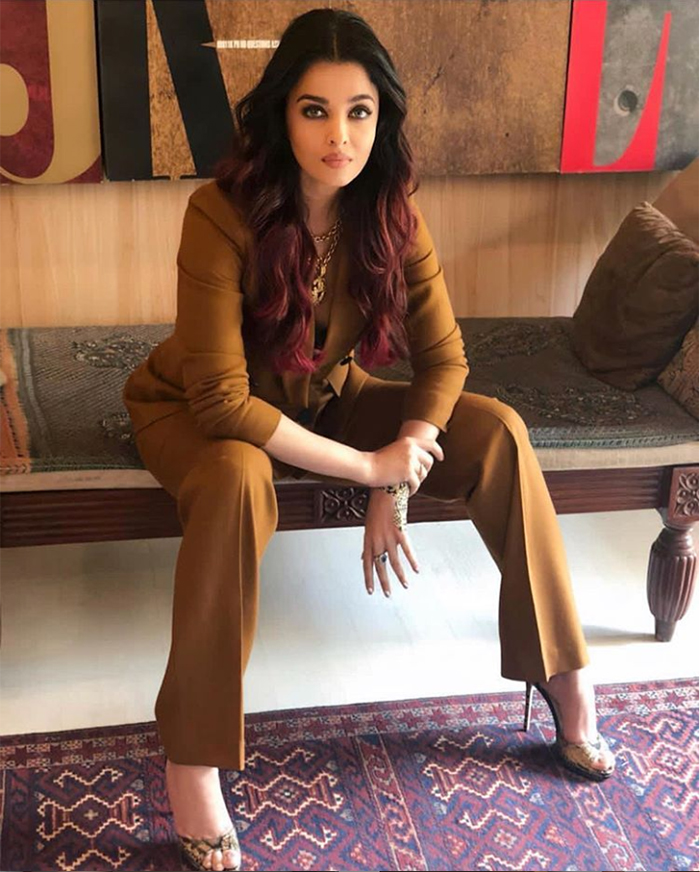 PunjabKesari, Nari, New year dress Ideas