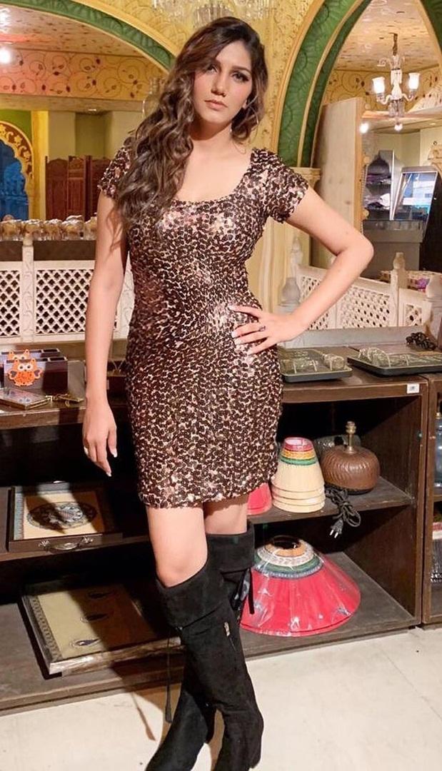 Bollywood Tadka, sapna choudhary photoshoot pictures