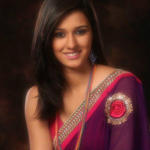 Bollywood Tadka, दिशा पाटनी इमेज, दिशा पाटनी फोटो, दिशा पाटनी पिक्चर