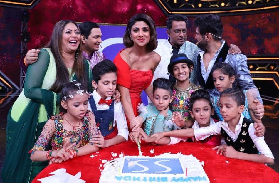 Bollywood Tadka,शिल्पा शेट्टी इमेज,शिल्पा शेट्टी फोटो,शिल्पा शेट्टी पिक्चर