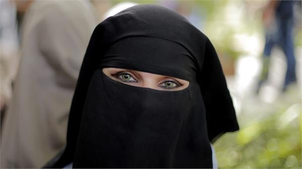 wearing a burqa is a crime in china