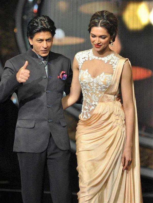 Bollywood Tadka, Shahrukh And deepika