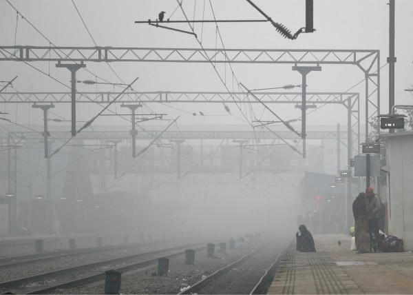 rail traffic collapsed badly in front of fog