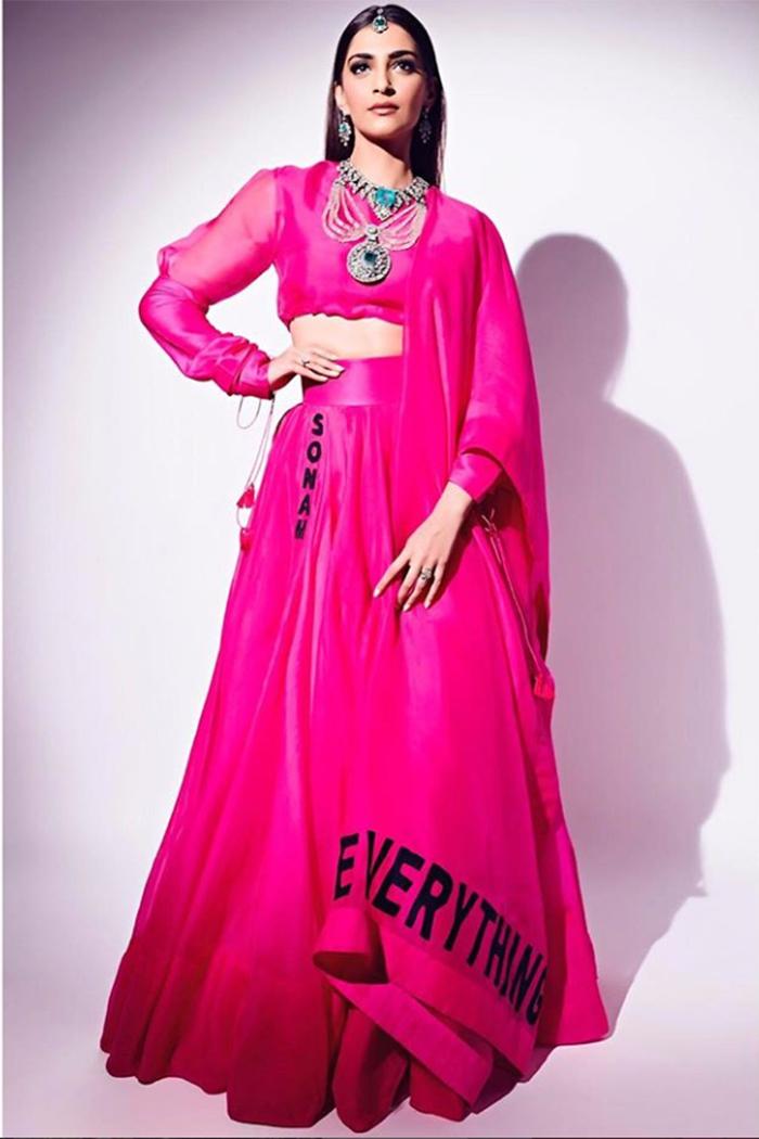 PunjabKesari, Nari, New Year Dress Ideas, Sonam k Ahuja image