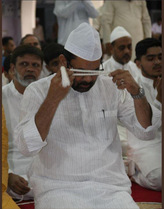 PunjabKesari, Eid ul fitr, Eid 2019, Eid, Ramzan Ends, Ramadan Ends, Namaz,  मुख्तार अब्बास नकवी