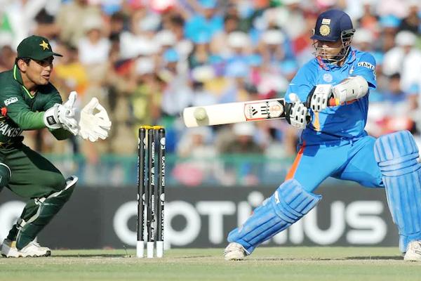 Sachin Tendulkar, Lucky, Cricket World Cup 2011 Semi final, Ashish Nehra, cricket news in hindi, sports news, IND vs PAK