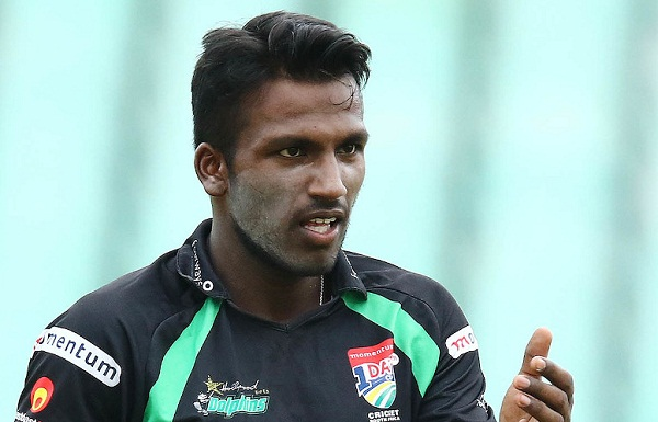 South Africa gave Senuran Muthusamy a surprise entry in the playing-11