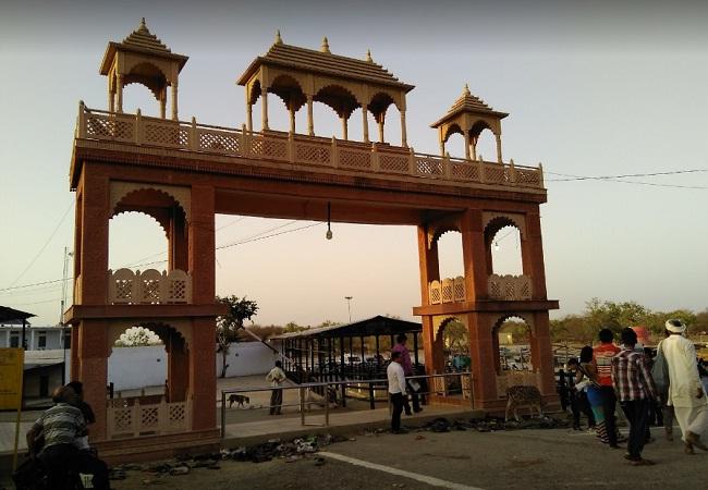 PunjabKesari, Shani Temple, Shani dev, शनि देव, शनि मंदिर, Shanishchara temple Barahwali, Shanishchara temple, Madhya pradesh Shani Temple