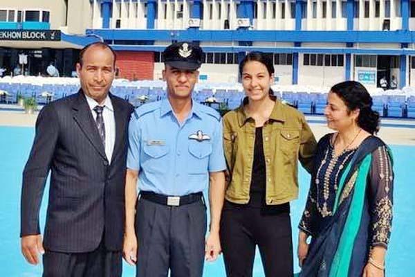 PunjabKesari, Flying Officer Ashish Sharma Image