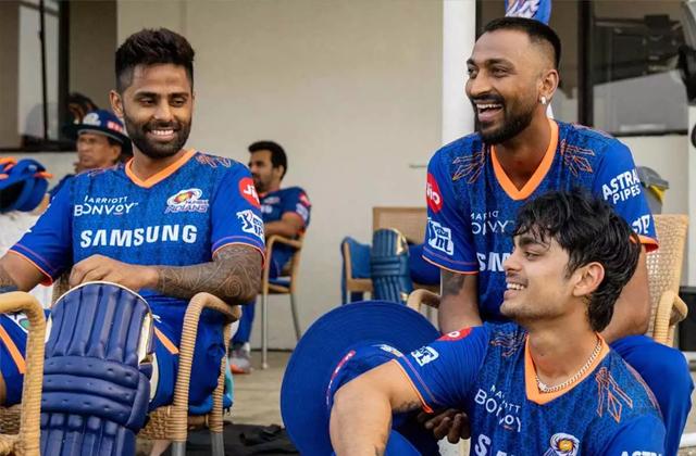 IPL 2021, Average Age, Indian premier league, Chris Gayle, IPL 14, Rohit sharma, Virat Kohli, MS Dhoni, CSK, RCB