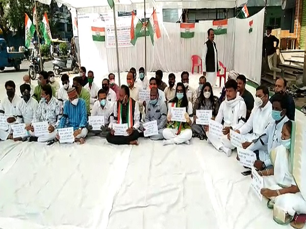 PunjabKesari, Madhya Pradesh, Indore, BJP, Congress, Opposition of Congress, Mahila Congress, Hathras case